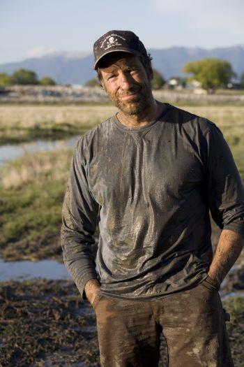 Mike rowe dirty jobs gay